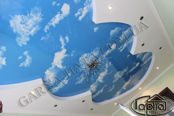натяжні стелі голубе небо